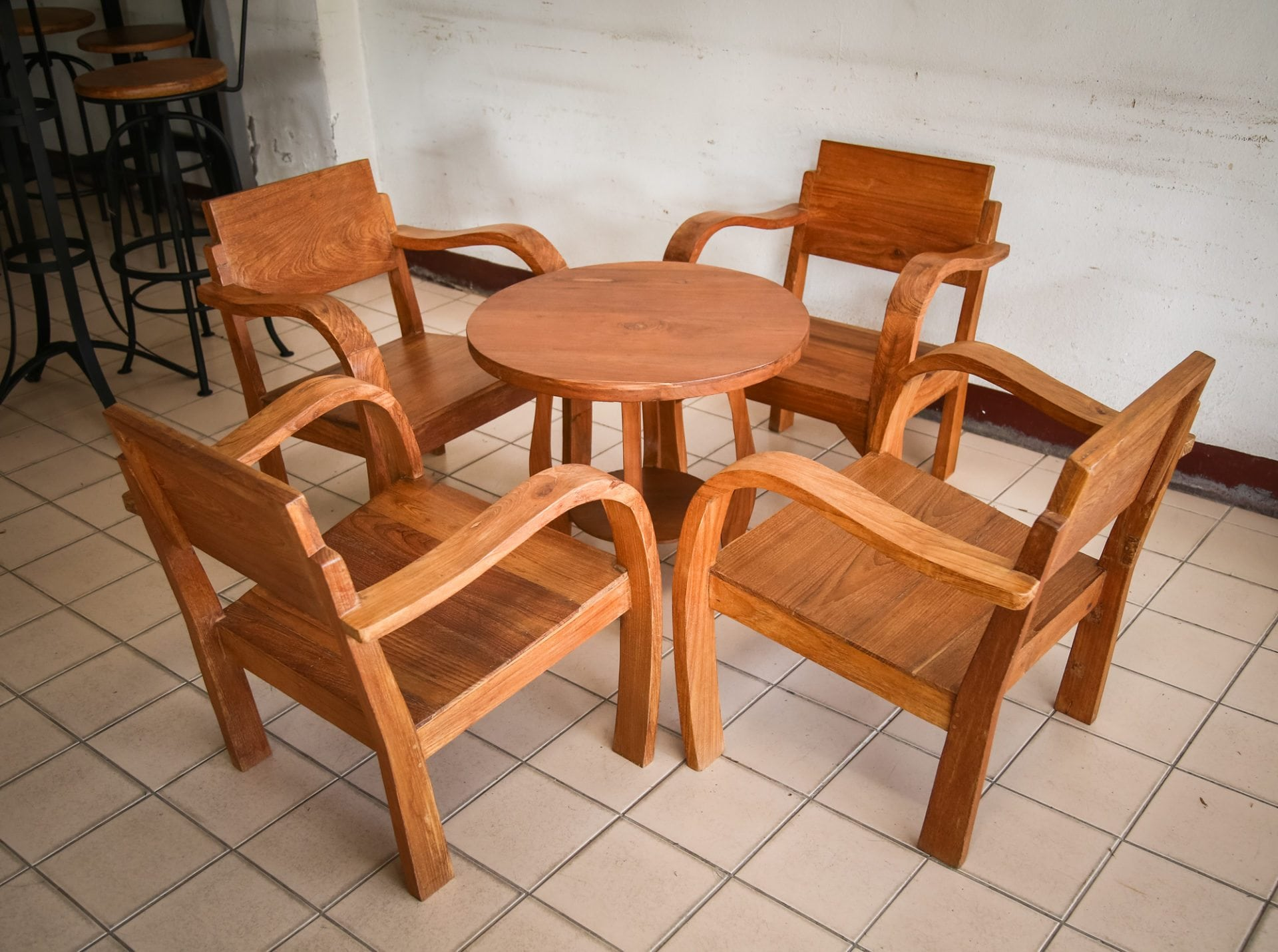 rustic_teak_furniture_lanna_table_and_chair