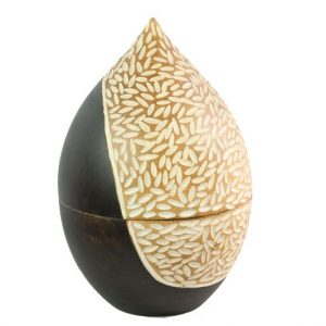 Thailand handicrafts Wholesale Mango Wood Container in brown color with white spots