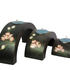 Chiang Mai handicrafts Wholesale Mango Wood Hexagon Candle Holder Set with floral pattern