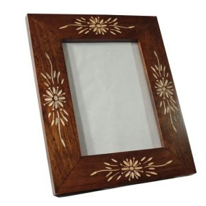 Mango Wood Photo Frame with flower pattern