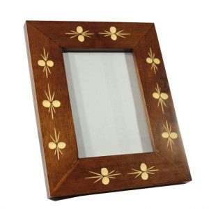 Mango Wood Photo Frame with Leaf pattern