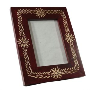 Mango Wood Photo Frame with floral pattern
