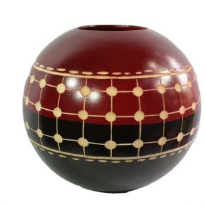 Chiang Mai Handicrafts Wholesale Mango Wood Round Candle Holder with spots design