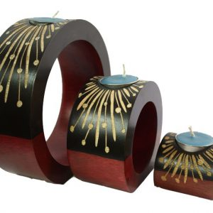 Mango Wood Round Candle Holder Set with flower pattern
