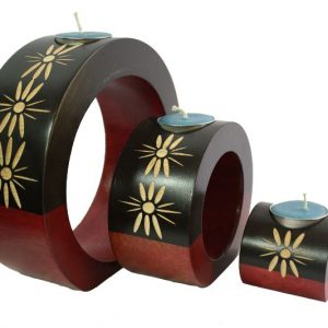 Chiang Mai handicrafts Wholesale Mango Wood Round Candle Holder Set with floral pattern