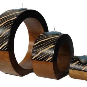 Chiang Mai handicrafts Wholesale Mango Wood Round Candle Holder Set with stripes pattern