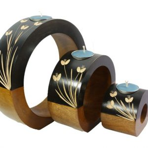 Mango Wood Round Candle Holder Set with floral design