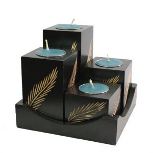 Chiang Mai Handicrafts Wholesale Mango Wood Squares Candle Holder Set with leaf design