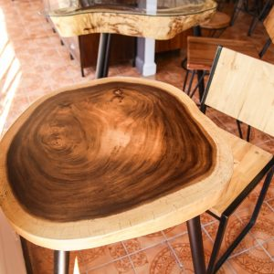 Chiang Mai handicrafts Wholesale Suar wood Chair and Dinning TableThailand handicrafts Wholesale Suar wood Chair and Coffee Table