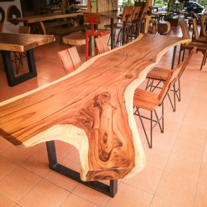 Chiang Mai handicraft wholesale suar wood large dining table and chairs