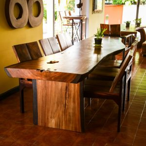 Chiang Mai handicrafts Wholesale set suar wood dining table and chairs
