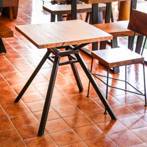 Thailand handicarft wholesale suar wood table and chair