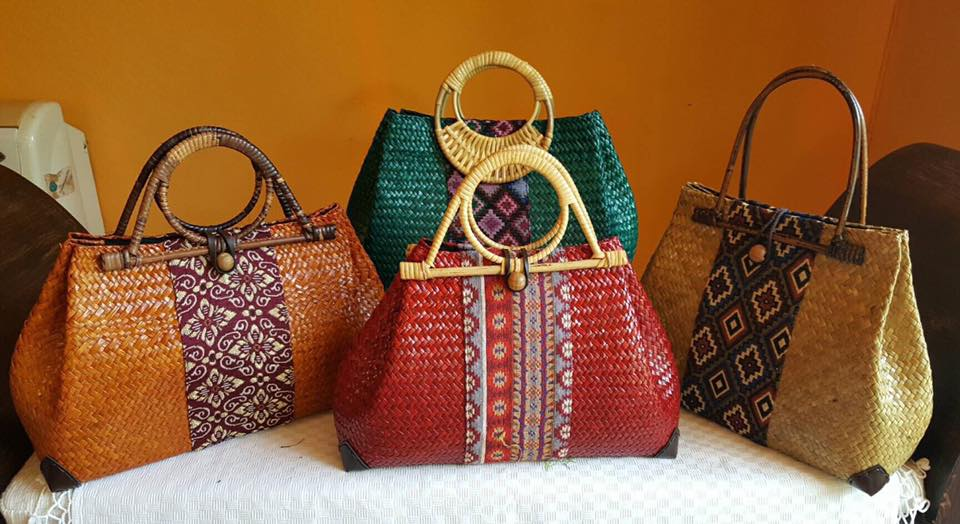 Chiang Mai handicrafts Wholesale Bamboo Handbag with Thai definition design