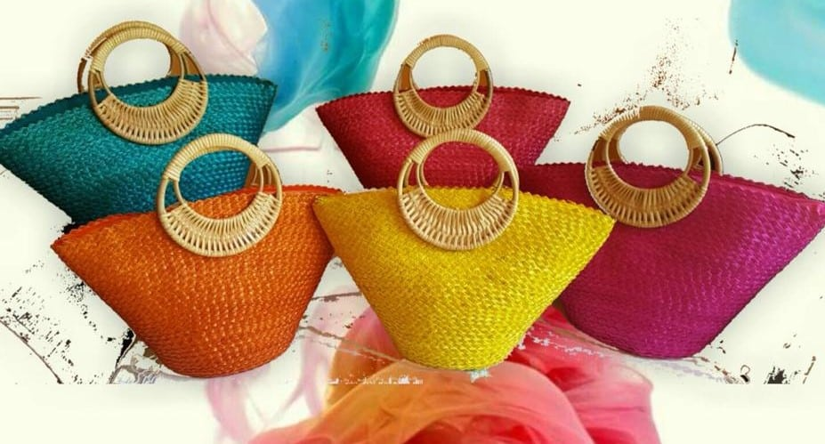 Chiang Mai handicrafts Wholesale Rattan handbag in colorful