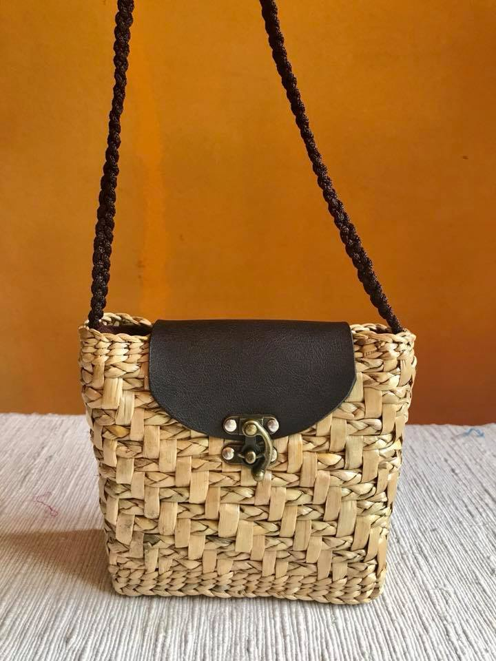 Chiang Mai handicrafts Wholesale Bulrush handbag