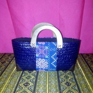 Bฺlue rattan handbag wholesale with Thai definition pattern