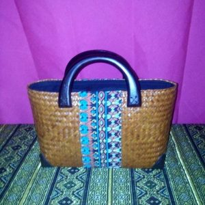 Brown wicker handbag wholesale with Thai design