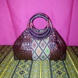 Wholesale red wicker handbag with Thai pattern