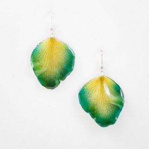 Real flower jewelry wholesale Cattleya petal earrings in green color